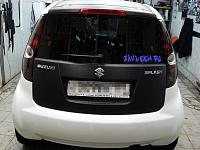 Оклейка отдельных деталей пленкой 3d карбон Suzuki Splash.