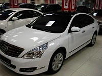 Nissan Tiana целиком белый глянец, черная крыша