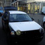 Оклейка автомобиля Jeep белой виниловой пленкой