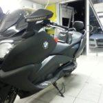 Макси скутер BMW черный матовая пленка